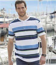 Tee-Shirt Sailing Club